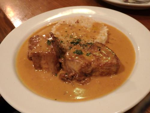 19皮付き豚バラ肉のシェリービネガー煮込み