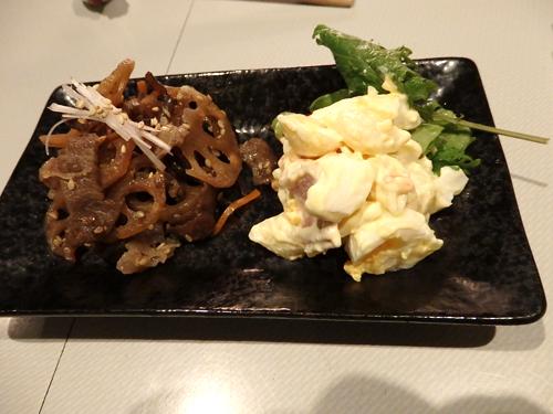 63牛肉とレンコンきんぴらマカロニサラダ