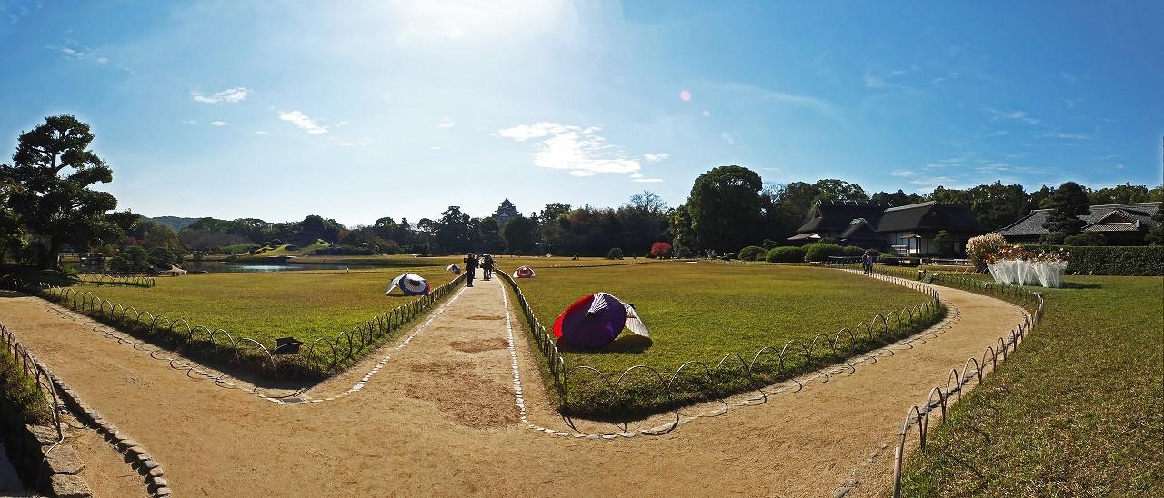 s-20151120 後楽園今日の秋季幻想庭園の飾り付けの様子ワイド風景 (1)
