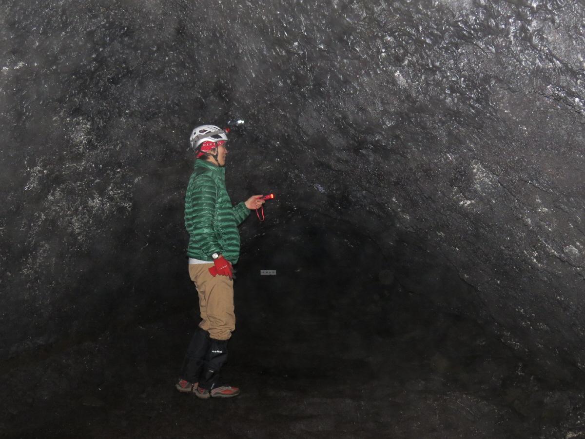 富士山隠れスポット本栖氷穴5