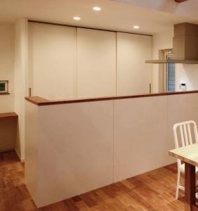 キッチン壁側_04