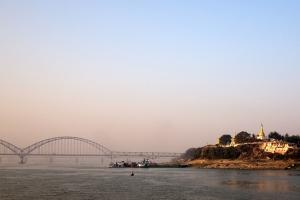 Boat_to_Bagan_1502-112.jpg