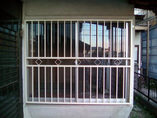 1F和室_窓格子_塗り