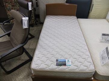 シングルベッド入荷