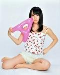 AKB48 高橋朱里 セクシー 開脚 太もも 誘惑 カメラ目線 高画質エロかわいい画像9572