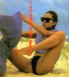 浅野ゆう子 セクシー ハイレグ水着 開脚 股間食い込み 挑発ポーズ 女優 高画質エロかわいい画像9853