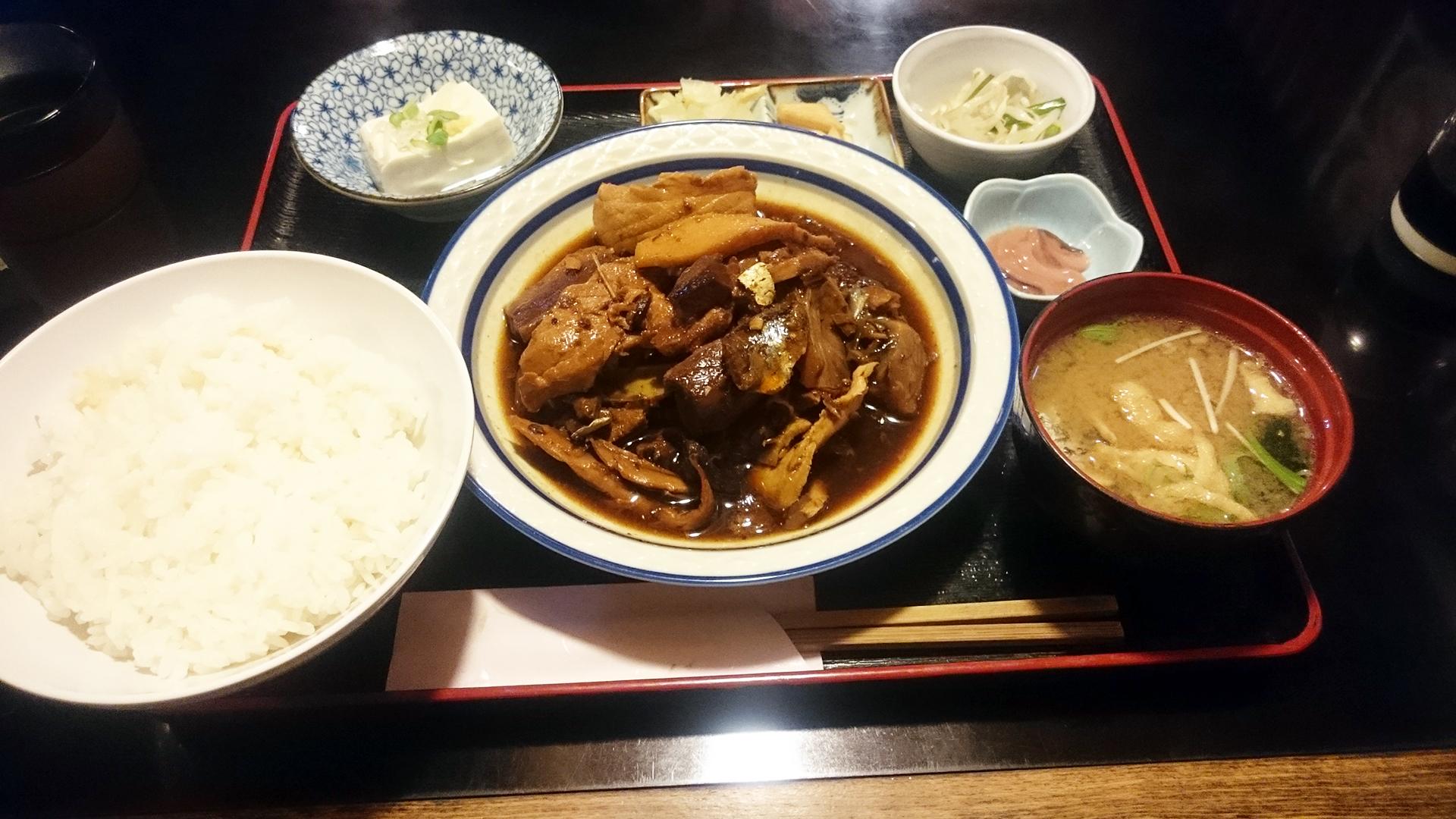 赤坂 梓川 魚のあら煮定食