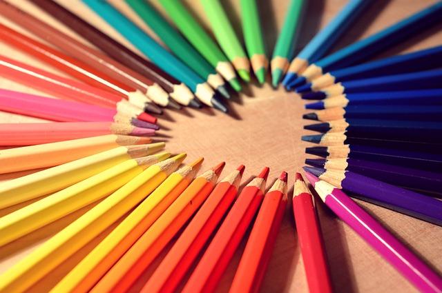 crayons-623067_640.jpg