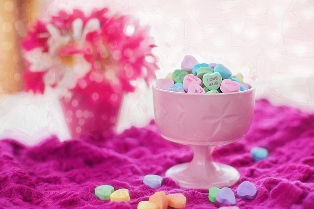 valentine-candy-626447_640.jpg