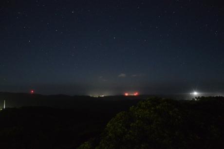 23夜のロケット発射場