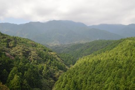 1愛子橋からの愛子岳