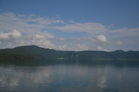 9九州最大のカルデラ湖