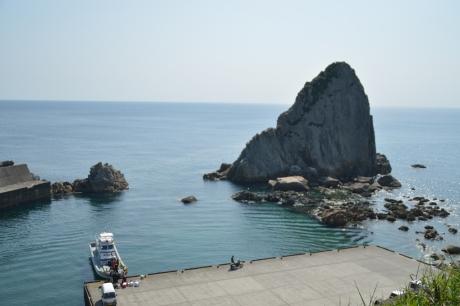 15後ろ浜の岩