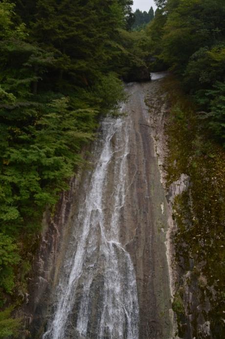 8これが白水の滝