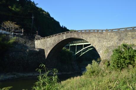 31日本最大の単一アーチ橋