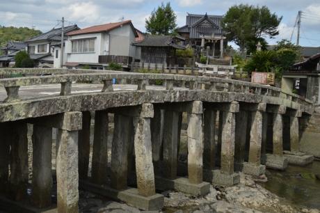 3石の橋桁