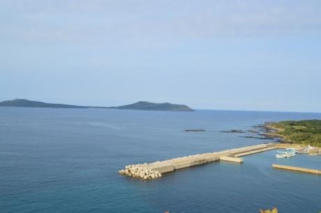 10嵯峨島と海沿いの道
