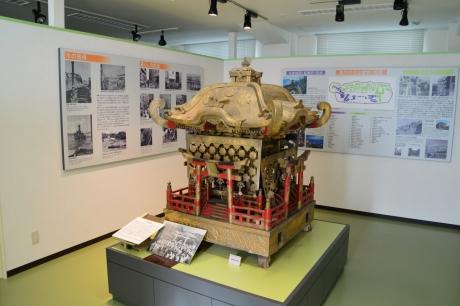 4端島神社の御輿