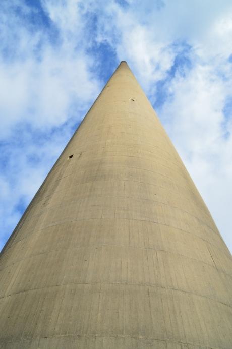 5そびえ立つ塔