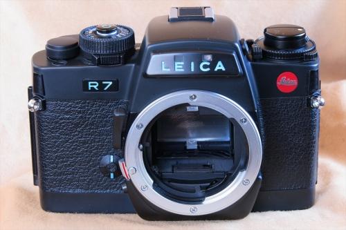 LEICA R7 67