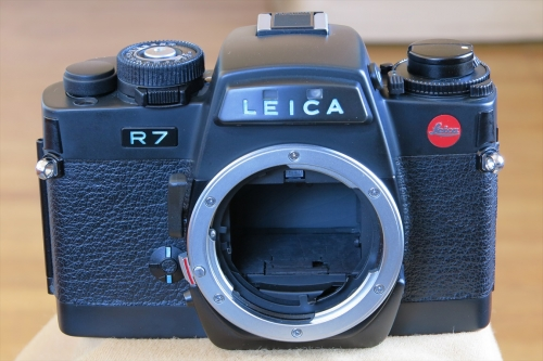 LEICA R7 73