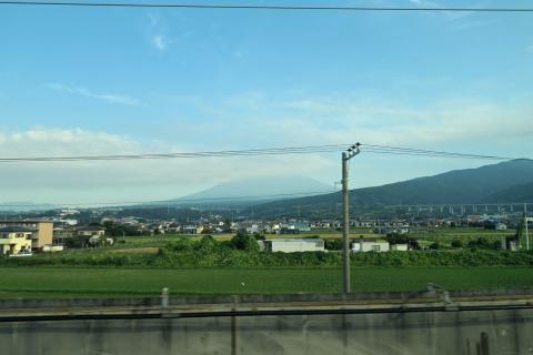 03新富士駅近くの富士山