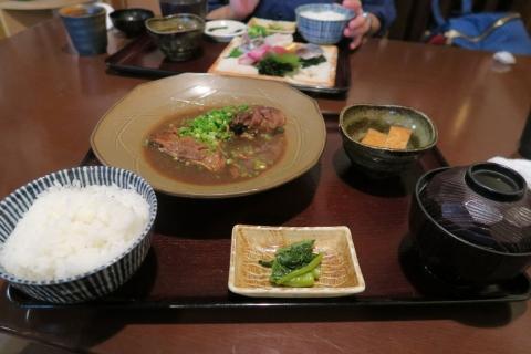 02魚(鰤)の煮つけ定食