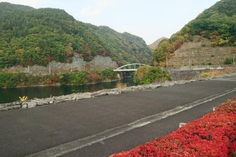 50塩川ダム湖
