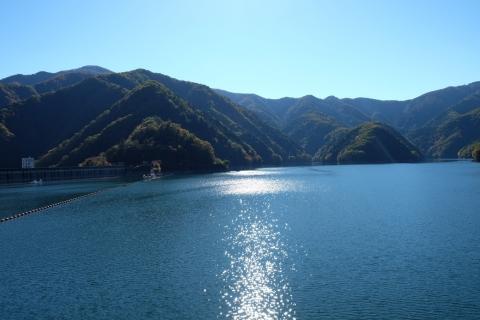 06奥多摩湖