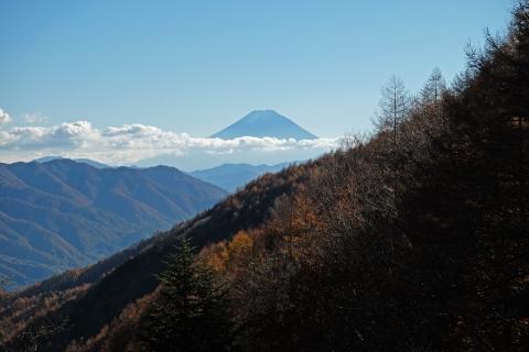 27柳沢峠富士山