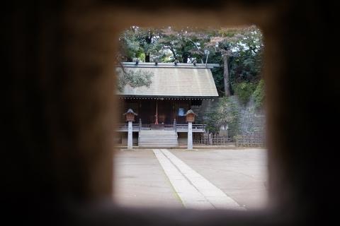 04燈籠から神社