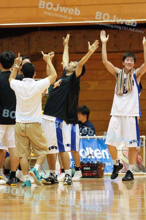 kyosan_bench.jpg