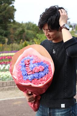 ハートの花束 花男子 タクト イケメン プロポーズ 可愛い 花夢