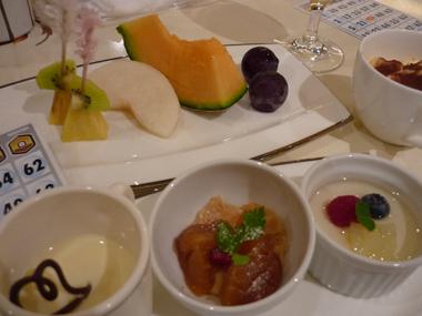 プリエール メルシー 忘年会 結婚式 料理 ビッフェ 美味しい 花夢