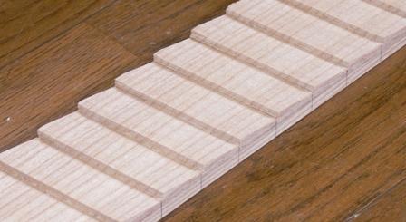 十五絃琴サイド板内側