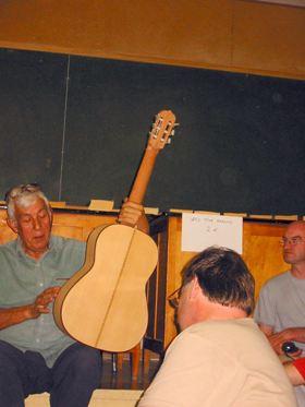 マエストロ・ロマニーリョスのギター