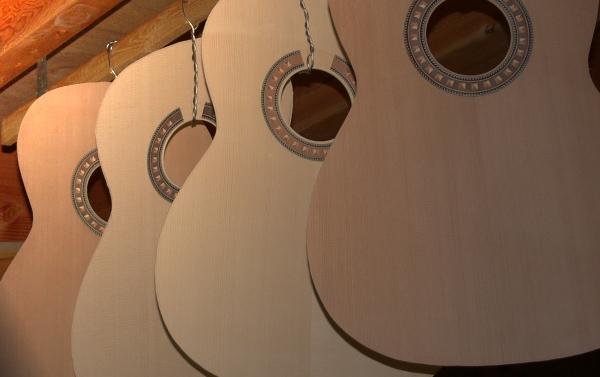 クラシックギターの響板
