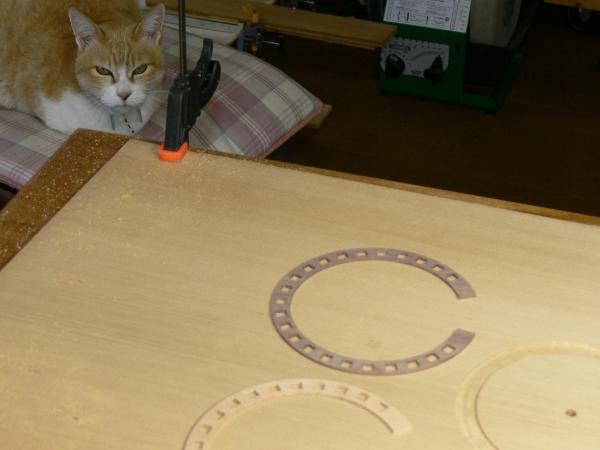 ロゼット製作:溝彫り