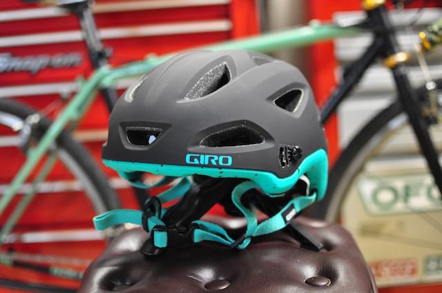 ジロ MTB ヘルメット
