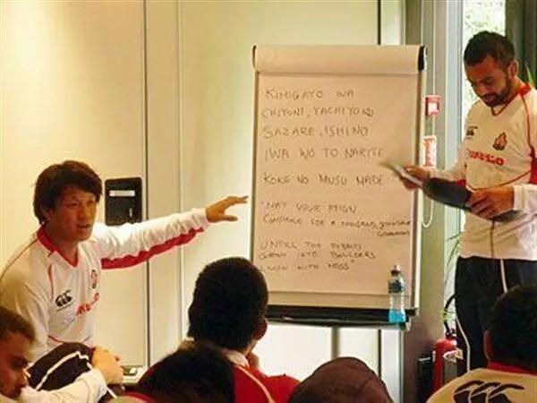 ラグビー日本代表 リーチ・マイケル主将 「合宿中では必ず全員で君が代の練習をします。君が代の中身を自分たちに繋げ、歌詞を理解して歌わないと」