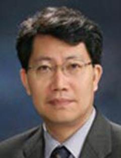 ソウル大物理天文学部のキム・スボン教授