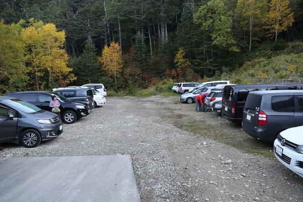 濁河登山口駐車場