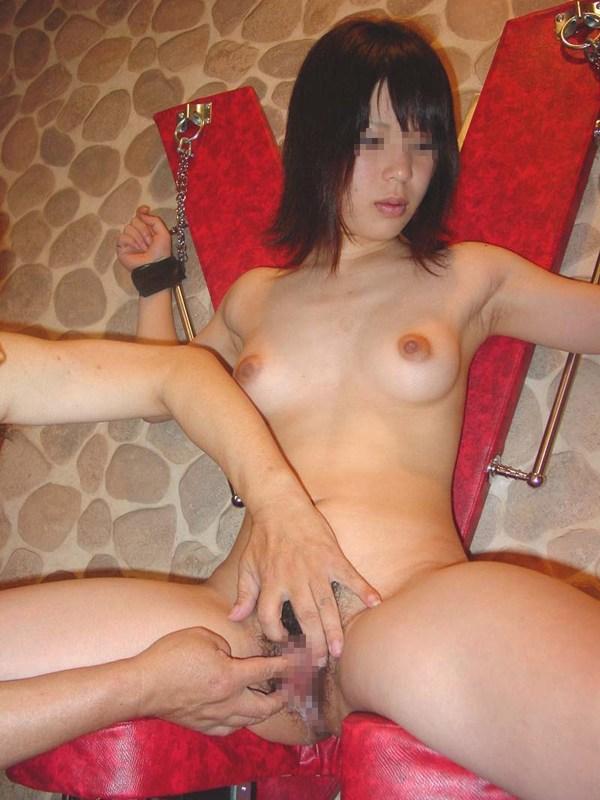 【SM】SMラブホテル「アルファイン」で捕縄・束縛・放置プレイしている素人のエロ画像