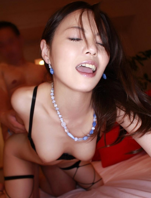 イキ顔 喘ぎ顔 悶え顔 セックス エロ画像b020.jpg