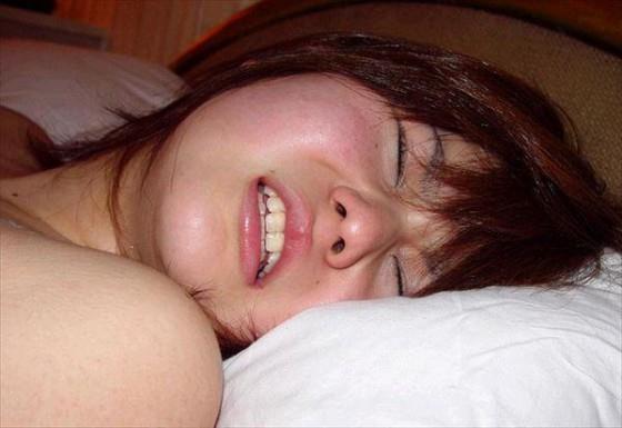 イキ顔 喘ぎ顔 悶え顔 セックス エロ画像b033.jpg