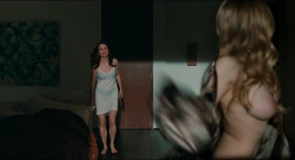 アマンダ・サイフリッド エロ画像60枚 盗撮や濡れ場ヌード060.jpg