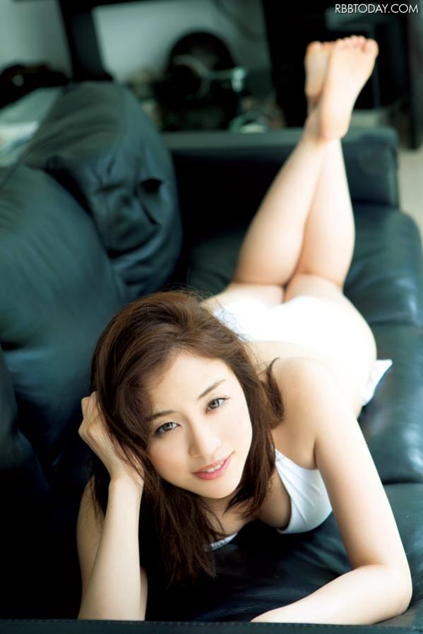 女子アナ 新井恵理那 水着 ヌード エロ画像a001.jpg