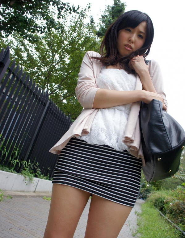 横山夏希 画像 010