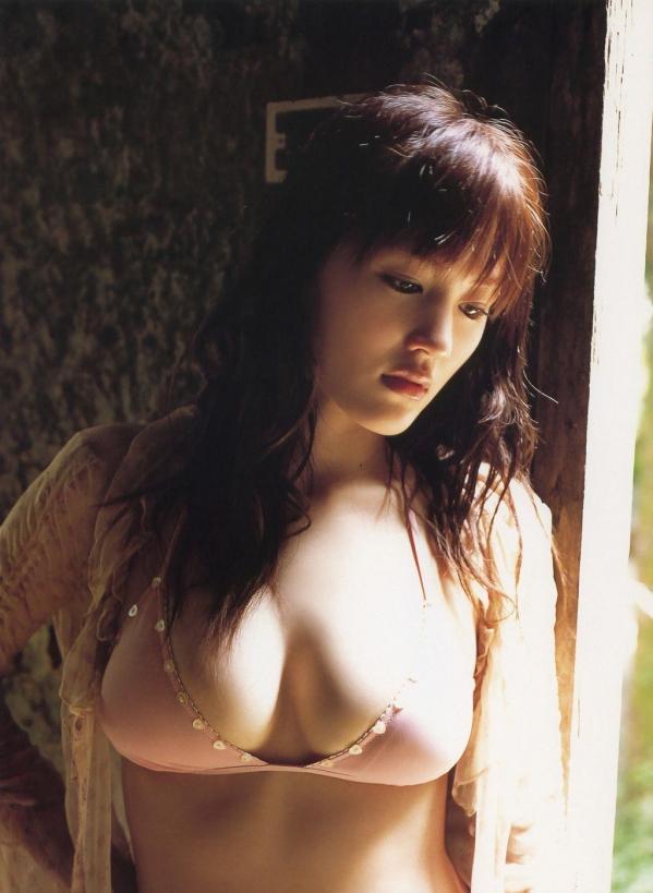 綾瀬はるか パンチラ 水着 下着 エロ画像a011.jpg