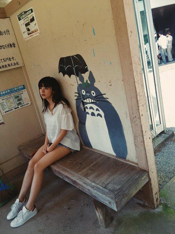 池田エライザ どエロな巨乳の水着姿と激カワ自撮り画像65枚a004.jpg